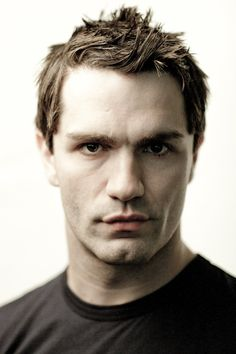 sam witwer - Aiden from Being Human LOVE this show!!