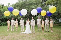 I love the big round balloons- they are so cool for send off :) #wedding ideas