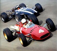 Monza 1966, Mike Parkes (Ferrari 312) and Jochen Rindt (Cooper T81)