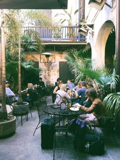 Here Are The 10 Most Romantic Restaurants in New Orleans And you're Going to…