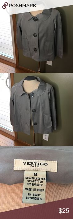Adorable 3/4 sleeve gray jacket ! 3/4 sleeve jacket - gray - smoke free home Jackets & Coats Blazers