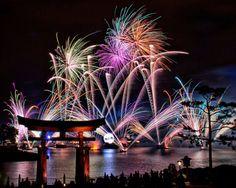 Disney World Epcot-World Showcase fireworks show. My favorite show at Disney World. Slow Shutter Speed Photography, Exposure Photography, Night Photography, Fireworks Photography, Dslr Photography, Scenic Photography, Creative Photography, Photography Ideas, Viajes