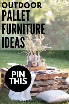 12 DIY Outdoor Pallet Furniture Ideas - The Saw Guy - Do you want to spend more time outdoors? Start with your backyard. Check out our list of 12 DIY out - Diy Wall Decor, Diy Home Decor, Room Decor, Pallet Furniture, Furniture Ideas, Cool Woodworking Projects, Backyard Projects, Outdoor Projects, Backyard Ideas
