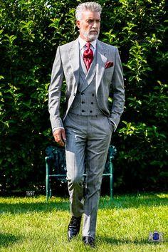 Italienisch grau und rot Cut Anzug mit steigendes Revers und 1 Steinnüsse-Knopf aus Schottenmuster Wollmischung Stoff. Herren Anzug 1697 Kollektion Gentleman Ottavio Nuccio Gala.