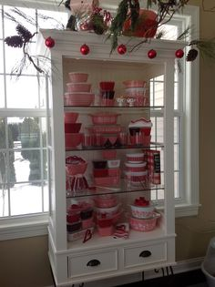 Pyrex; Valentine display 2015