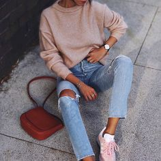 Adidas Women Shoes - Sweater: beige bag brown bag sneakers pink sneakers adidas adidas shoes denim jeans blue jeans - We reveal the news in sneakers for spring summer 2017 Teen Fashion, Runway Fashion, Fashion Outfits, Fashion Trends, Ladies Fashion, Womens Fashion, Denim Jeans, Mom Jeans, Adidas Shoes Women