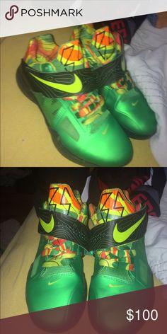 Kd 4 Size 6y original KDs Nike Shoes Athletic Shoes