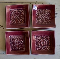 TEXTURED TRAYS/PLATTERS square plates