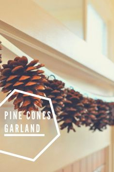 Simple, nice and cheap garland made from pine cones. Recycled Crafts Kids, Diy And Crafts, Crafts For Kids, Recycled Christmas Decorations, Christmas Crafts, Winter Decorations, Diy Interior, Pine Garland, Recycling Projects
