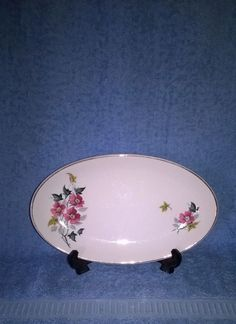 J & G MEAKIN - SOL - SMALL SERVING PLATE - FLORAL - COLLECTABLE - Circa 1950s -