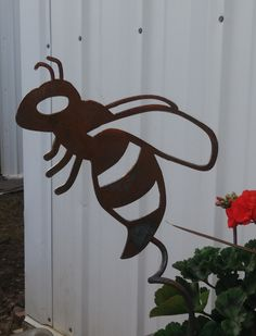 Buzzing Bees Garden Stake, Rusty Bee Stake, Bee Yard Stake by TriStateMetalFab on Etsy