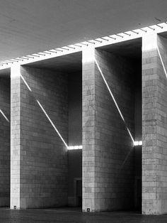 Álvaro Siza's Portugal Pavillon at the Lisbon Expo98.