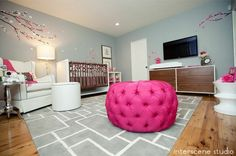 This cherry blossom nursery is super chic and sophisticated.  Try Dunn-Edwards Paints Lake Placid DE6318 as your wall color and Love Letter DE5047 as your accent. by noelle