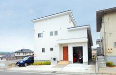 【アイジースタイルハウス】ガレージ。自然素材をふんだんに散りばめた家