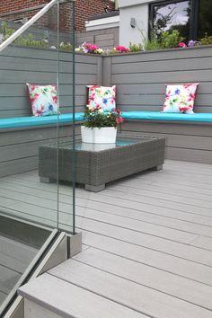 Look at this wonderful snug - created using VertiGrain 2 Grey deck boards as flooring, integrated bench and wall Outdoor Sofa, Outdoor Furniture Sets, Outdoor Decor, Cedar Deck, Backyard Renovations, Composite Decking, Small Gardens, Garden Inspiration, Garden Ideas