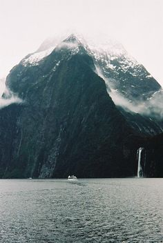 Stirling Falls, Milford Sound, New Zealand.