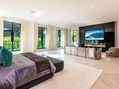 The property 10701 Bellagio Rd, Los Angeles, CA 90077 is currently not for sale on Zillow. View details, sales history and Zestimate data for this property on Zillow. Zillow, House Design, House Styles, Mansions, Home, Interior, Luxurious Bedrooms, Room, Renting A House