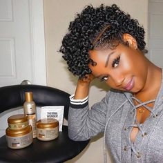 Pin by Sheryl Coleman-Young on Hair/Nails/Makeup in 2019 Short Natural Styles, Natural Hair Styles For Black Women, Short Curly Hair Black, Short Hair Cuts, Cabello Afro Natural, Twa Hairstyles, Black Hairstyles, Natural Twist Out Hairstyles, Big Chop Hairstyles