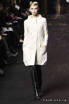 Осенне-зимние тенденции 2008-2009: пальто-коконы