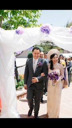 Bridal ao dai Vietnamese Traditional Dress, Traditional Dresses, Ao Dai Wedding, Wedding Ceremony, Dream Wedding, Rainbow, Facebook, Bridal, Wedding Dresses