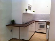 Bigger space with 40 cm IKEA kitchen furnitute
