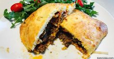 An empanada is a stuffed bread or pastry with meat and other ingredients. For this Keto Empanadas recipe, we use ground beef, pepperoni, marinara sauce and...