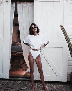 vintage vibes | summer outfit inspiration | beachwear | all white | vintage love | Fitz & Huxley | www.fitzandhuxley.com