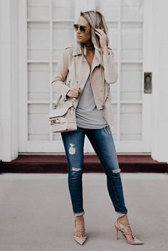 Street Style - The Top Blogger Looks Of The Week: Fashion blogger 'Style'd Avenue' wearing a beige leather jacket, a light grey t-shirt, a white shoulder bag, distressed skinny jeans, nude ankle strap pointy toe heels and brown round sunglasses
