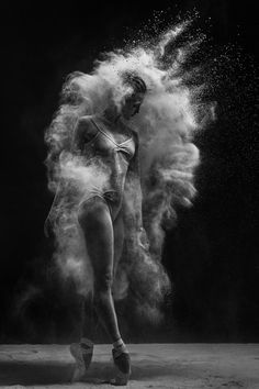 dance and movement Untitled by Alexander Yakovlev on Dance Photography Poses, Dance Poses, Creative Photography, Portrait Photography, Ballet Art, Ballet Dancers, Alexander Yakovlev, Dance Pictures, Photomontage
