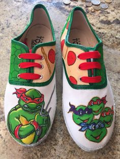TMNT hand painted by Pimp my Kicks