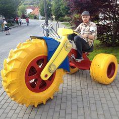 Spiel und Spaß auf großem Rad – Das Dreirad für echte Männer
