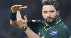 Pakistan's Twenty20 captain Shahid Afridi has demanded that the team's senior cricketers should be given dignified farewells after they unceremoniously axed veteran batsman #YounisKhan from the one-day squad.