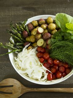 Tuesday Tastings :: Roasted Potato Salad with Fennel, Tomatoes & Asparagus