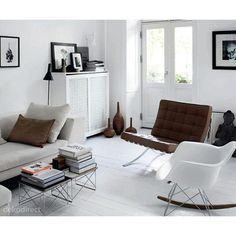 http://www.dekodirect.com/2438-thickbox_default/mecedora-rar-eames-blanca.jpg
