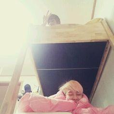 TEEN_TOP * TEEN TOP * 틴탑 * 8 hrs  긴생머리 그녀들 잘자요^^ - 엘조 pic.twitter.com/U0KI52ovC4