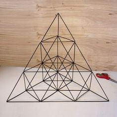 Giant Straw Tetrahedron Cluster https://www.instructables.com/id/Giant-Straw-Tetrahedron-Cluster/