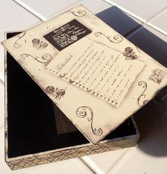Porta Documentos em MDF, medindo 36,5cm x 26,5 cm e 6cm de altura ,pintada com técnicas de stencil e carimbos. Uma ótima opção para guardar documentos ou folhas de sulfite.