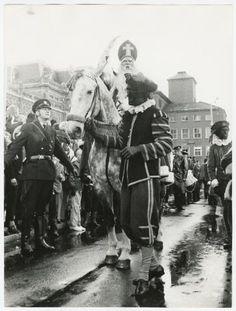 Zwarte Piet leidt de schimmel, Groningen jaren 80