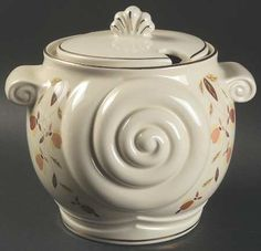 Nautilus Tureen & Lid in Autumn Leaf by Hall
