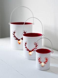 Pour Noël, on fabrique ces jolis photophores au style scandinave en recyclant des boîtes de conserve !