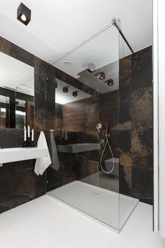 Nowoczesna łazienka z prysznicem Rope Shelves, Wooden Shelves, Wall Hooks, Home Goods, Bookcase, Tiles, Bathtub, Interior, Bathrooms