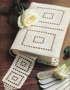 """Photo from album """"Крючок. Журналы"""" on Yandex. Marque-pages Au Crochet, Wiggly Crochet, Filet Crochet, Crochet Crafts, Crochet Doilies, Crochet Stitches, Crochet Projects, Sewing Crafts, Crochet Bedspread Pattern"""
