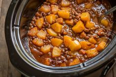 Vintage Slow Cooker Baked Beans Hawaiian - Sweet Baked Beans with pineapple chunks and smoky ham.