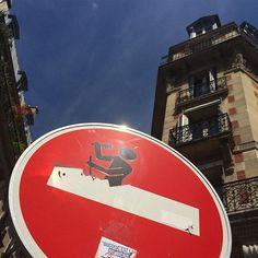 Work in Signage #paris2#paris#etiennemarcel#street#sky @cletabraham