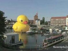 Giant 'Rubber Duck' Sculpture By Artist Florentijn Hofman Makes A Splash In Hong Kong (PHOTOS)