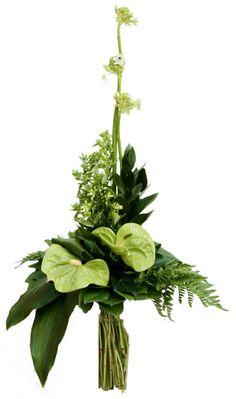 green parallel bouquet anturium, allium, lots of greenery Tropical Floral Arrangements, Creative Flower Arrangements, Vase Arrangements, Beautiful Flower Arrangements, Beautiful Flowers, Aisle Flowers, Church Flowers, Deco Floral, Arte Floral