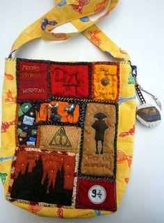 Tasche,Umhängetasche,Einzelstück, Harry Potter inspiriert,Hogwarts,Dobby,Patchwork,Hedwig, Eulenpost, Geekery,handgenäht von UlrikesSmaating auf Etsy