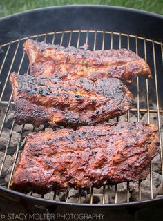 Perfect Fall Off the Bone Grilled Sweet BBQ Baby Back Ribs Recipe - California Unpublished Baby Back Pork Ribs, Bbq Pork Ribs, Ribs On Grill, Pulled Pork, Grilling Ribs, Ribs On Charcoal Grill, Grilled Ribs Charcoal, Pork Spare Ribs Grilled, Pork Loin Back Ribs