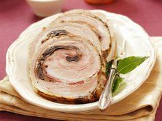 Roulade vom Schweinebauch mit Pilzen gefüllt ist ein Rezept mit frischen Zutaten aus der Kategorie Schwein. Probieren Sie dieses und weitere Rezepte von EAT SMARTER!