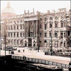 The City castle of Berlin, 1945 Stadtschloss Berlin
